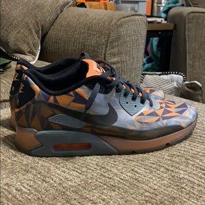 "Nike Air Max 90 Ice ""Cool Grey and Atomic Orange"